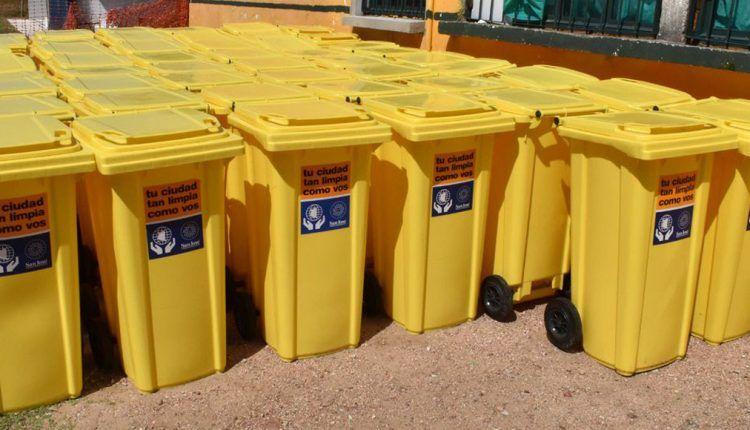 Nueva entrega de contenedores en Monte Grande
